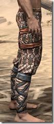 Akaviri Iron Greaves - Male Right