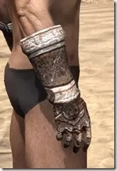 Draugr Iron Gauntlets - Male Right
