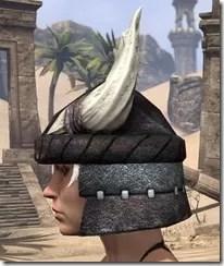Reach Winter Heavy Helm - Female Side