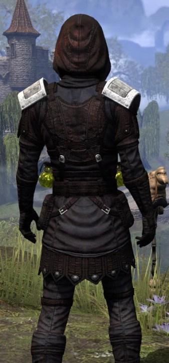 True-Sworn Medium - Male Close Rear