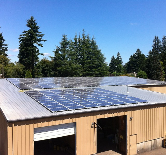 Commercial Solar Panel Installation Company in Oregon