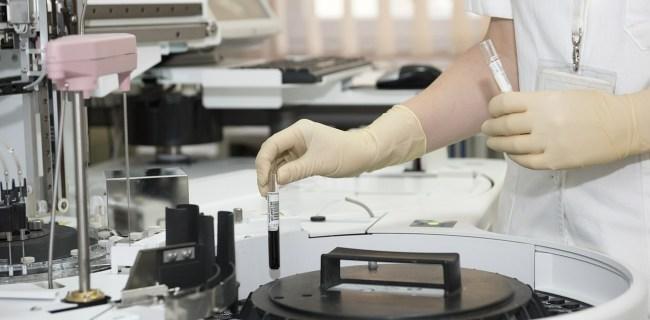 Une machine dans un labo