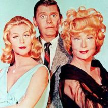 This undated file photo shpws US Actors Elizabeth