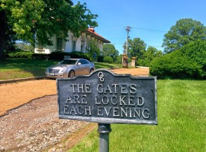 Oak Grove Cemetery sign