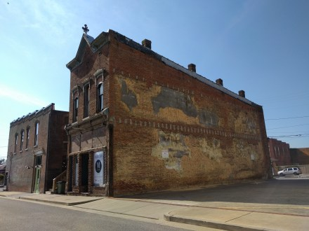 hopkinsville ghost sign