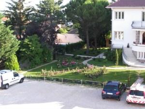 jardin, parking, centre d'affaire