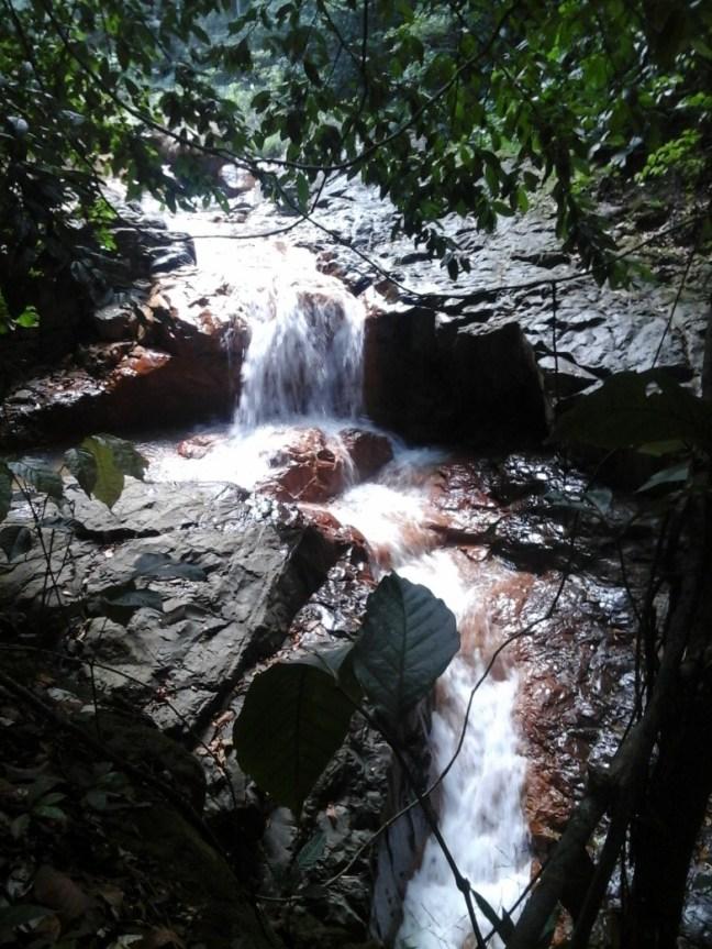 Cascade de la rivière grande plaine