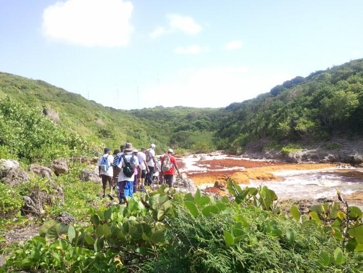 Le groupe de randonneurs AACN dans la ravine