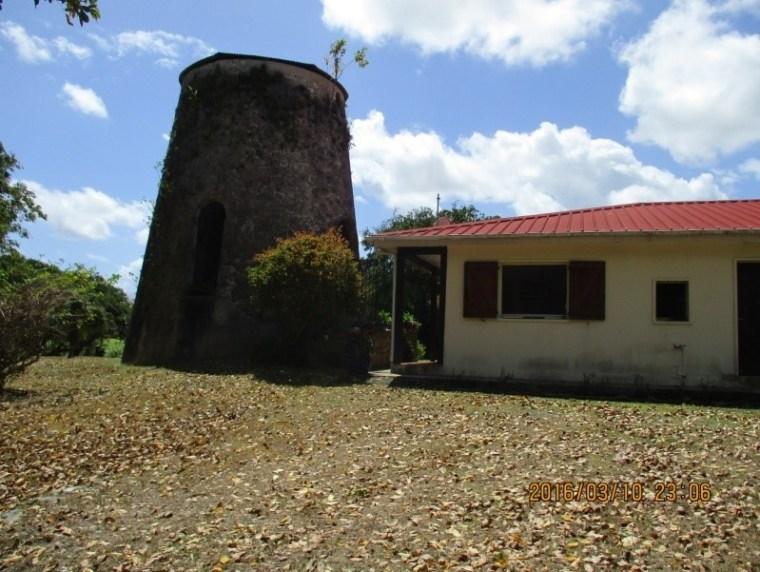 Un des anciens moulins du parcours