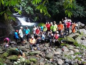 Photo de groupe sur le parcours de Paradise