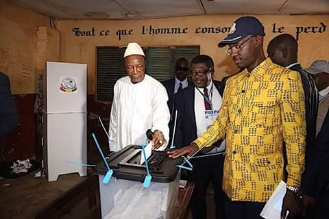 Guinée : le double scrutin perturbé dans plusieurs endroits