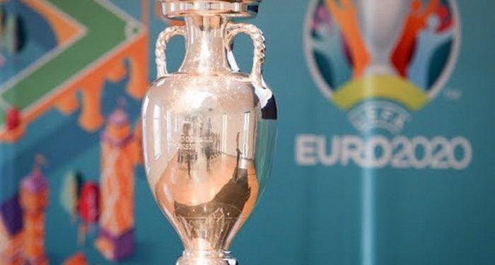 Football: en raison de l'épidémie de coronavirus, l'UEFA repousse l'Euro 2020