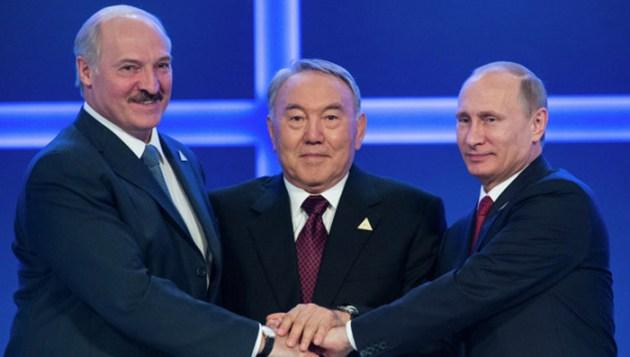 Firma del convenio para la aprobación de la Unión Euro Asiática entre Bielorrusia, Kazajistán y Rusia