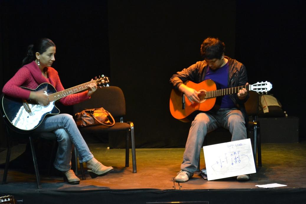 Guitarra-Adulto-Akana-Iquique-1