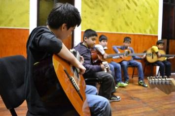 guitarra-infantil-3