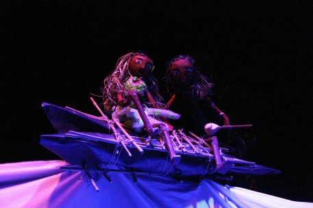 La Niña de las Medusas - Akana Teatro 08