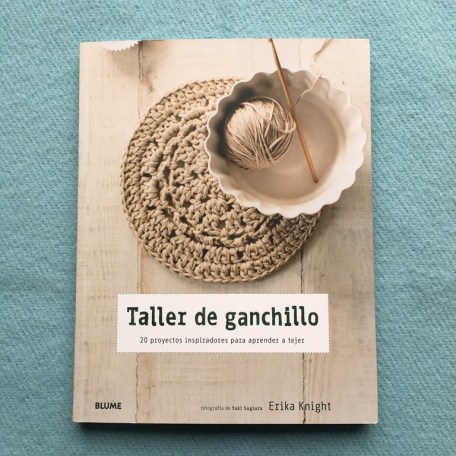 "Mis libros de bordado, patchwrok y crochet. ""Taller de ganchillo"" por Erika Knight"