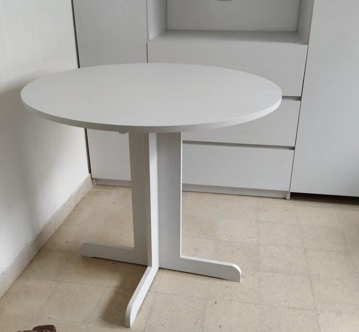 reducida mesa