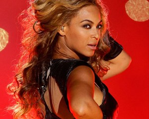 Beyonce-Announces-The-Mrs_-Carter-Show-World-Tour