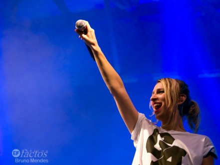 2014-11-11 Guano Apes 209-