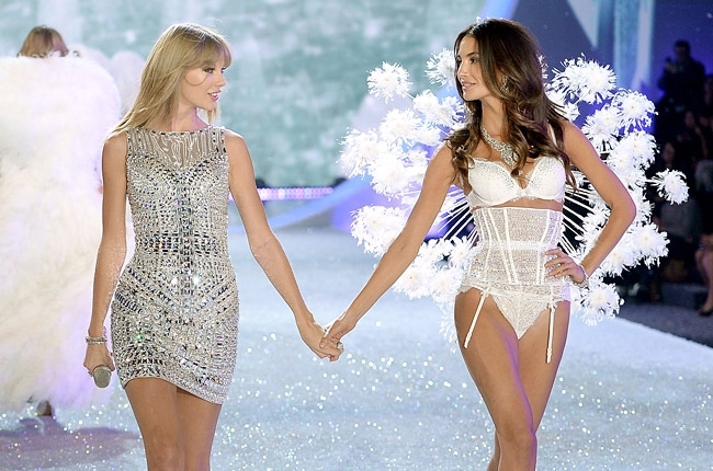 taylor swift vs show 2013