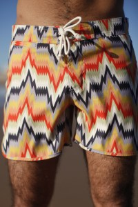 La Paz Proença graphic beach shorts 1