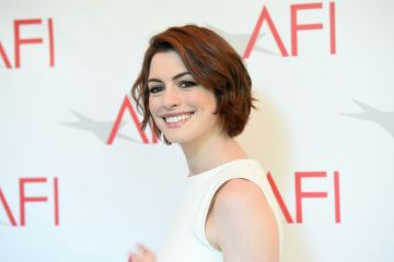 HD-Image-Anne-Hathaway-2015-5