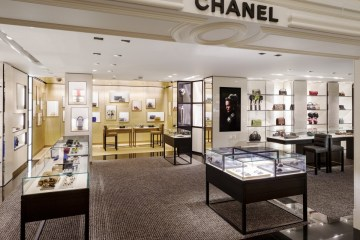 Chanel_Accessories-boutique-at-Bergdorf-Goodman-New-York_1