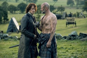Sam-Heughan-as-Jamie-Fraser-Graham-McTavish-as-Dougal-Mackenzie-Episode-209