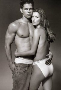Mark-Wahlberg-Kate-Moss-1993-Campaign (1)
