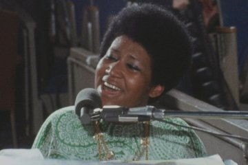 Aretha Franklin gravando Amazing Grace