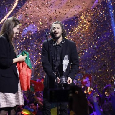 Salvador e Luísa Sobral Eurovisão 2017 Amar pelos Dois