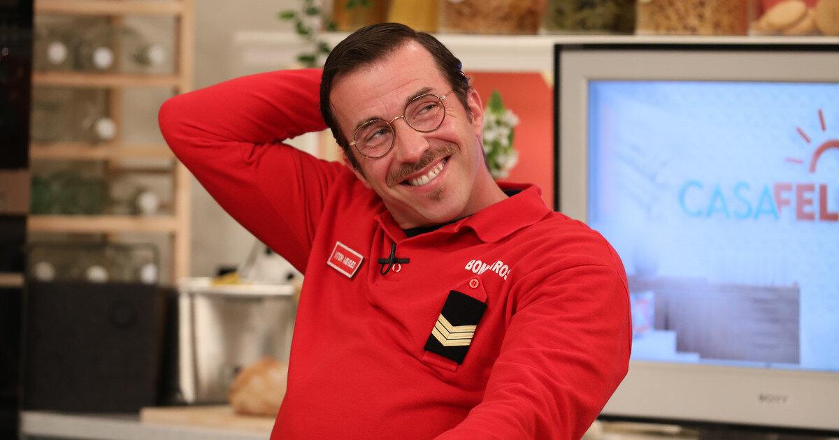 Vítor (Renato Godinho) é uma das personagens de Amor Amor