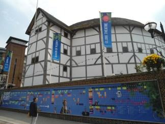 The Globe reconstruido