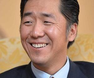 Entrevista con el Fundador de Fundación Paz Global, el Dr. Hyun Jin Moon. Especial de la revista Shin Dong-A