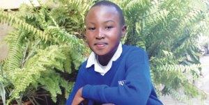 Stephen Njoroge, ha sido denominado sucesor de Matai a la edad de 12 años por plantar 10 mil arboles a traves del Club We Care en su escuela. El fue reconocido el anho pasado por El Dia Internacional de Paz de Las NU. ( Foto, cortesia de SARA MOJTEJEDZADEH, Grupo Nation Media)