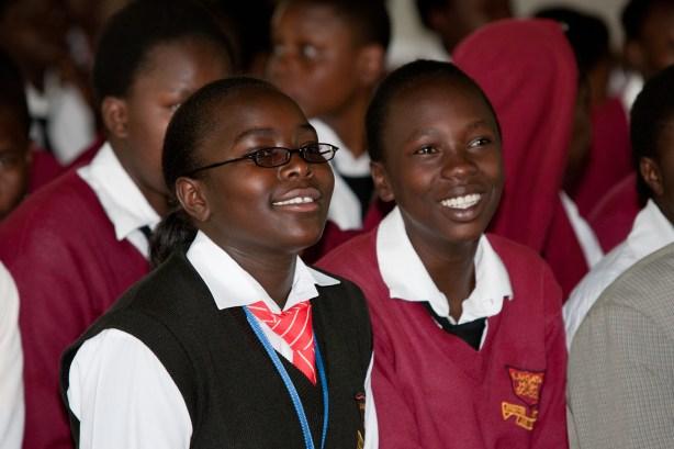 Estudiantes de la Escuela Secundaria de Langata, la misma ha estado implementando el programa CCI en Kenia.