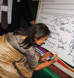 Líderes Internacionales se Comprometen a Desarrollar una Plataforma Estratégica para Promover Valores Universales en la Clausura del GPLC Nigeria 2013