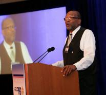 El Dr. Harold Trulear hablando en la Conferencia de Liderazgo Paz Global USA