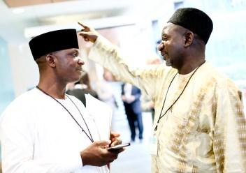 """El Rev. Joseph Hayab (izquierda) y el Sheik Abdulahi Maraya (derecha) son conocidos como los """"gemelos de Kaduna"""""""