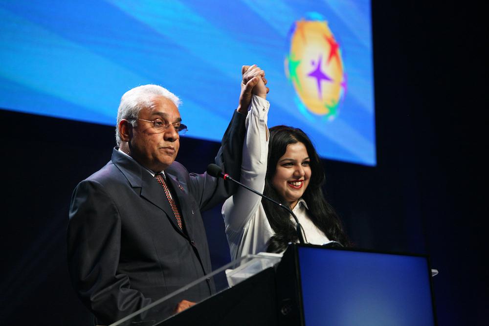 Noticias: Movimiento Cívico por la Unificación Gana Impulso