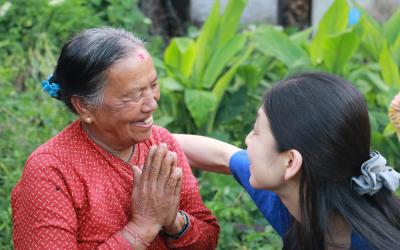 Familias Saludables para un Mundo Pacífico: El Poder del Transformador Liderazgo Femenino