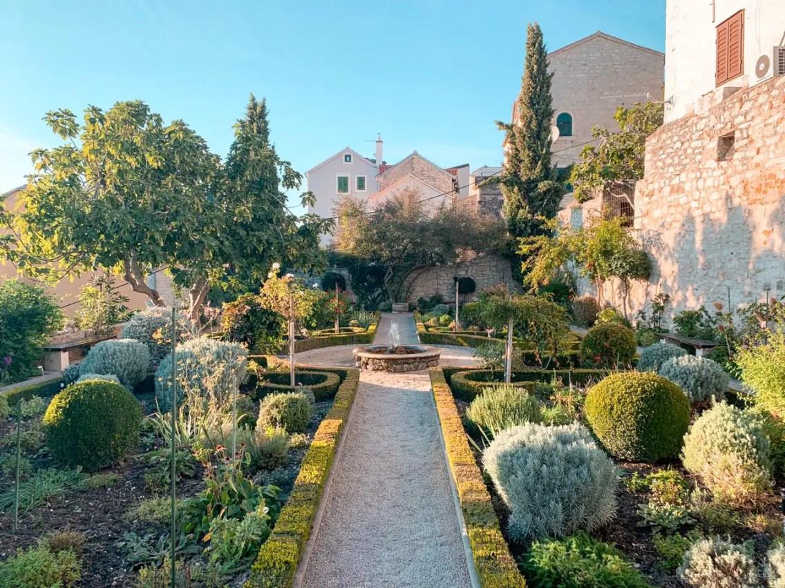 Jardines del Monasterio St. Lawrence