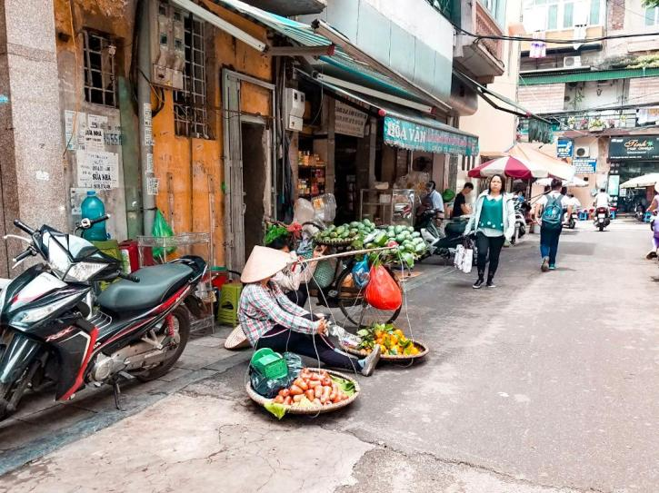 Vendedores en el Old Quarter