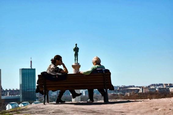 Estatua El pobednik (Estatua de El Víctor)