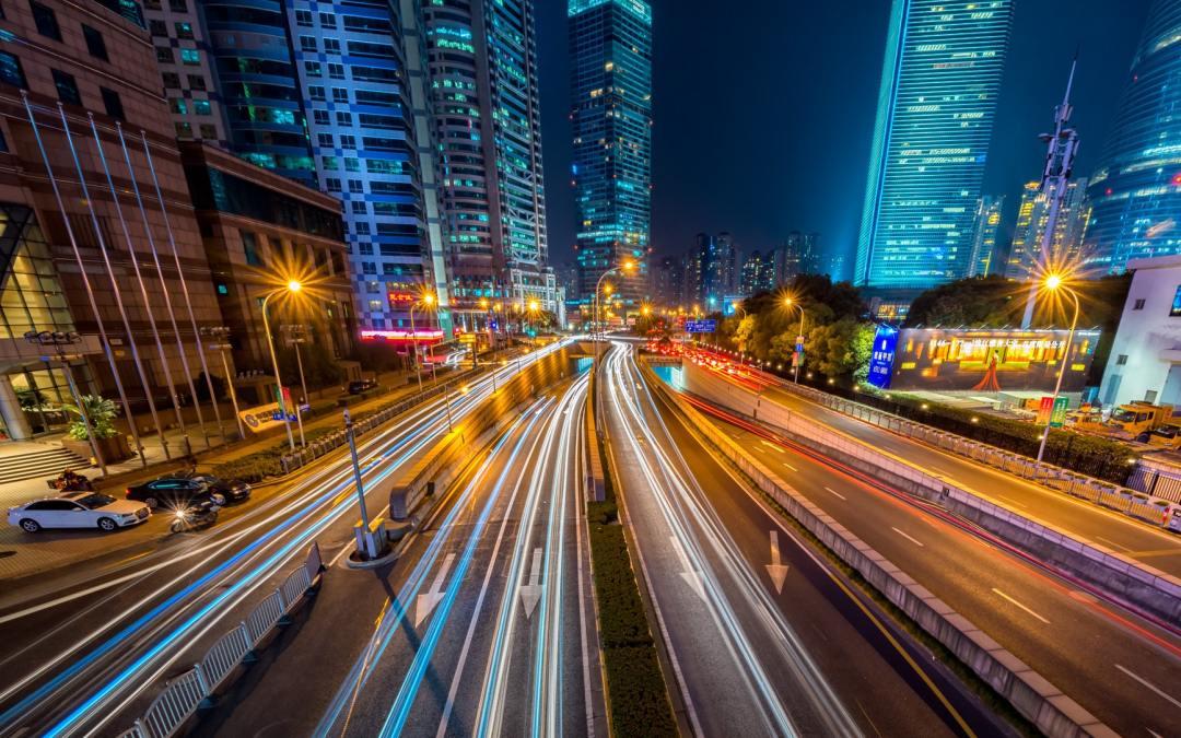 Tips y consejos para conductores principiantes: manejar de noche