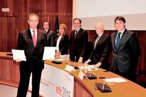 Carlos-Moran recoge la certificacion EFR.