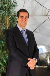 Bernardo Velázquez.