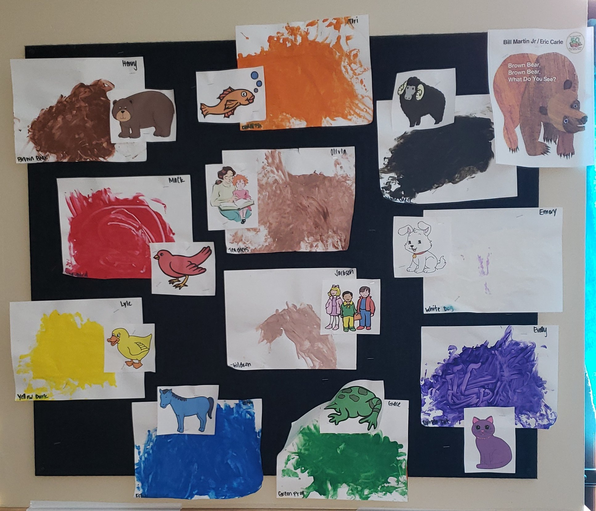 Activity Brown Bear Color Painting