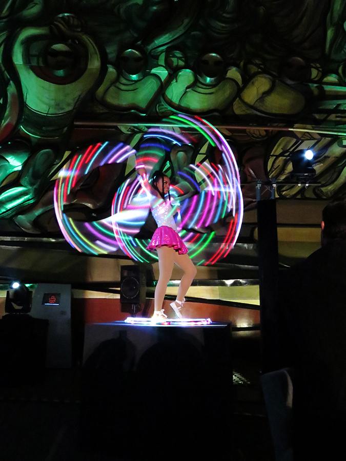 hula-hula leds, hula hula leds, malabares leds, espectáculo leds, espectáculos leds, show leds